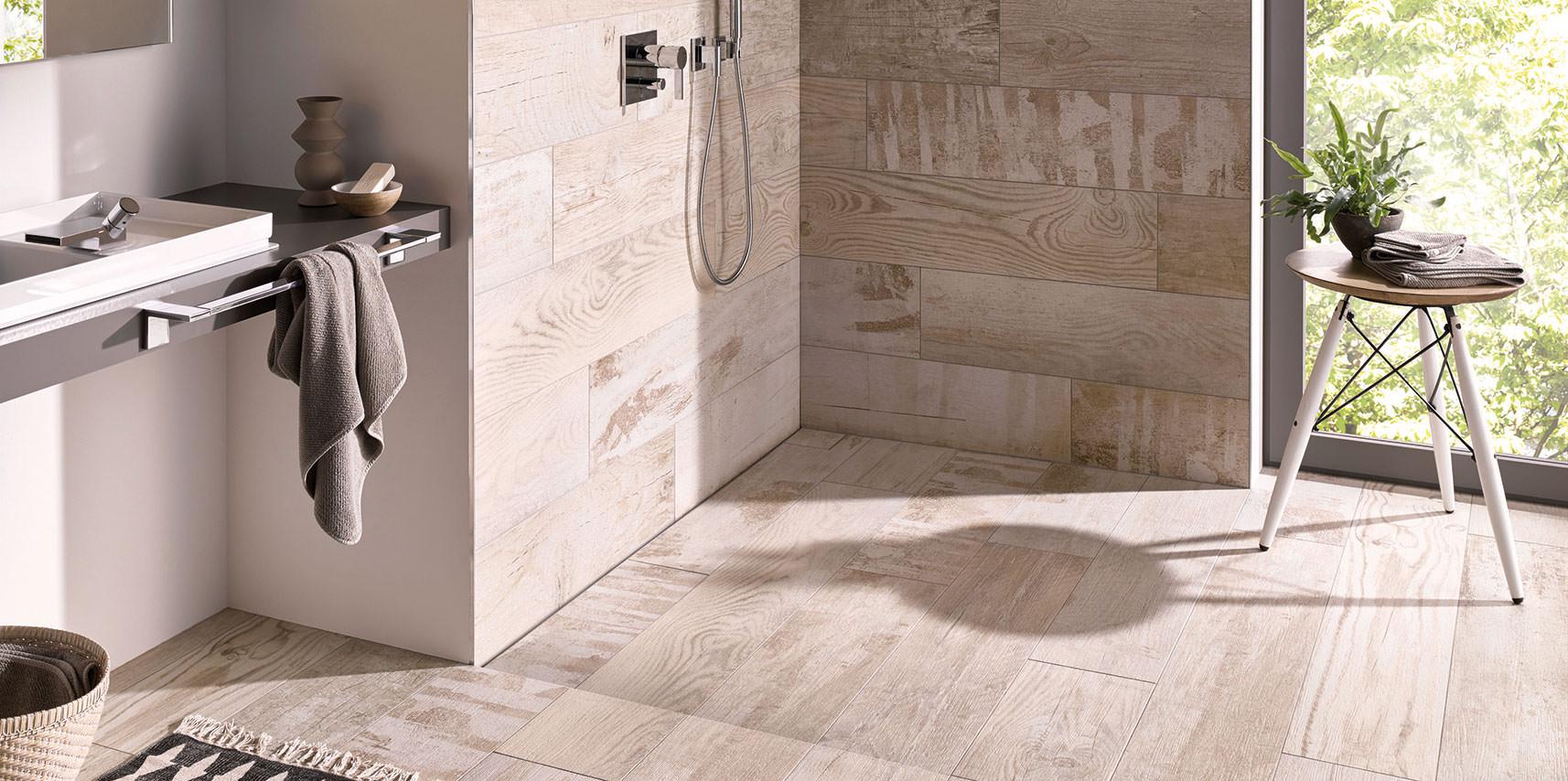 bersicht bodengleiche duschen und duschsysteme. Black Bedroom Furniture Sets. Home Design Ideas